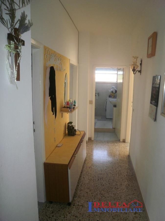 Appartamento in vendita a Rosignano Marittimo, 4 locali, prezzo € 160.000 | Cambio Casa.it