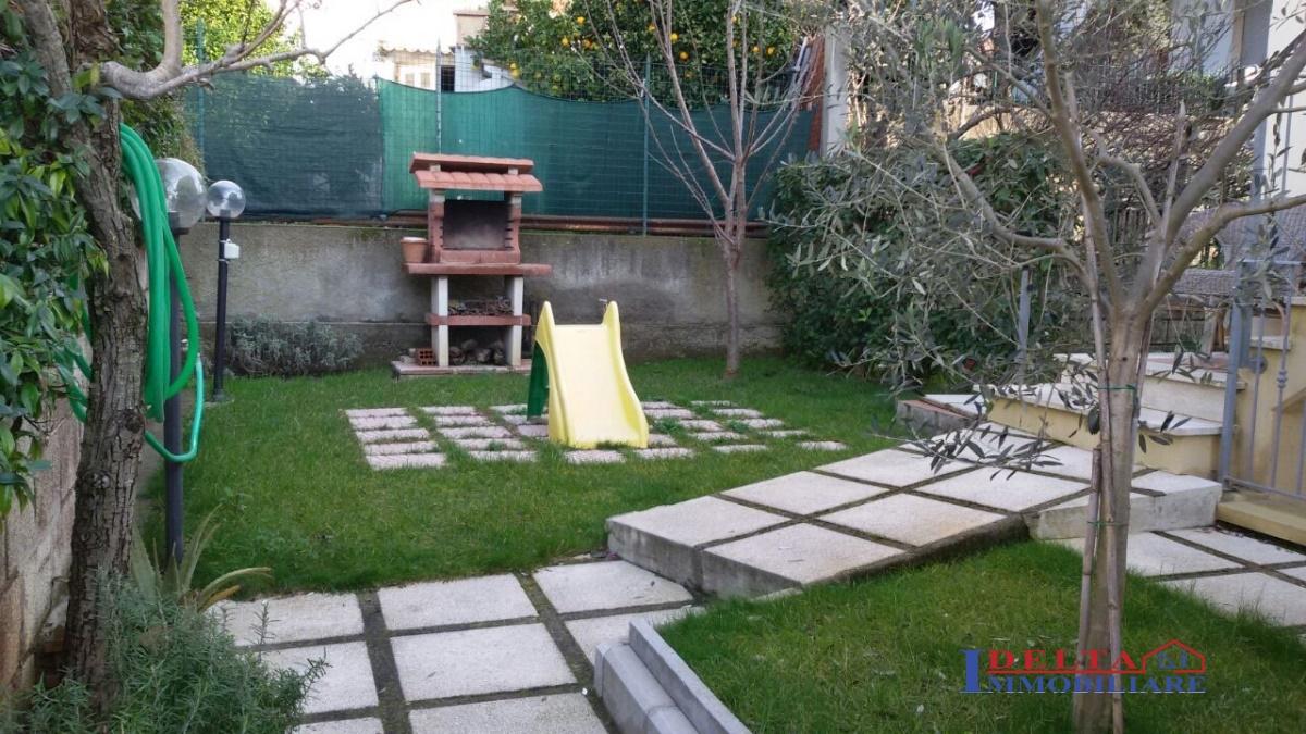 Vendita ingresso indipendente semi indipendente rosignano marittimo solvay trilocale ottimo - Case vendita livorno con giardino ...