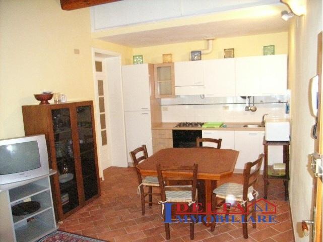Appartamento in affitto a Castellina Marittima, 3 locali, prezzo € 500 | Cambio Casa.it