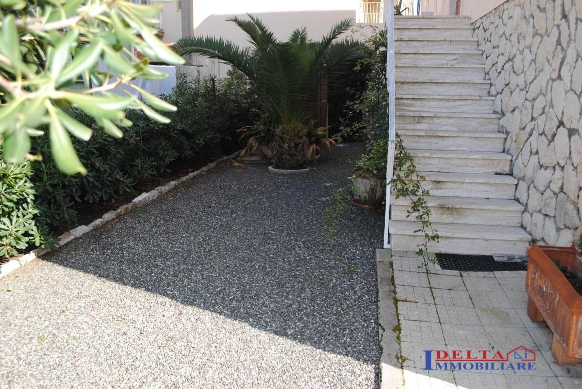 Appartamento in vendita a Rosignano Marittimo, 5 locali, prezzo € 280.000 | Cambio Casa.it