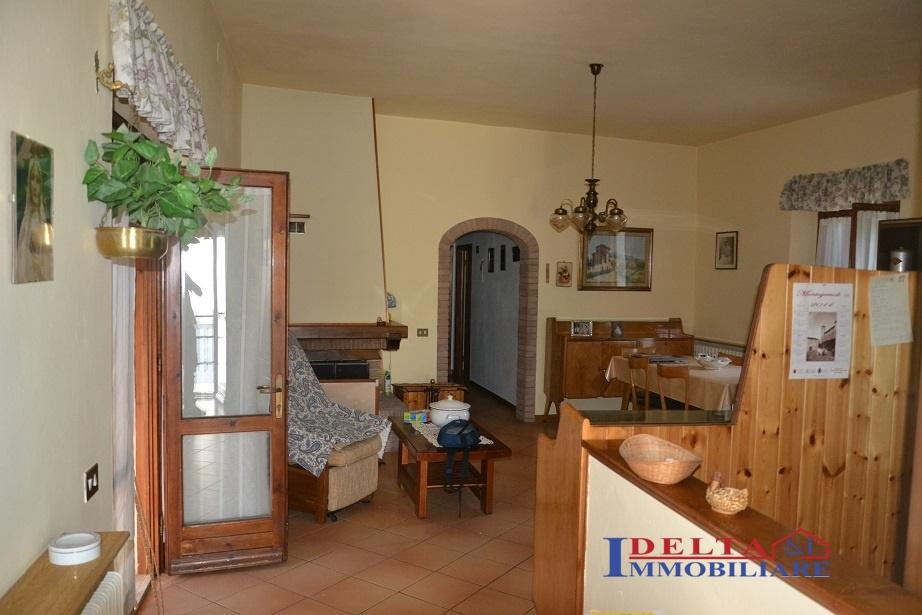 Soluzione Semindipendente in vendita a Montecatini Val di Cecina, 4 locali, prezzo € 90.000 | CambioCasa.it