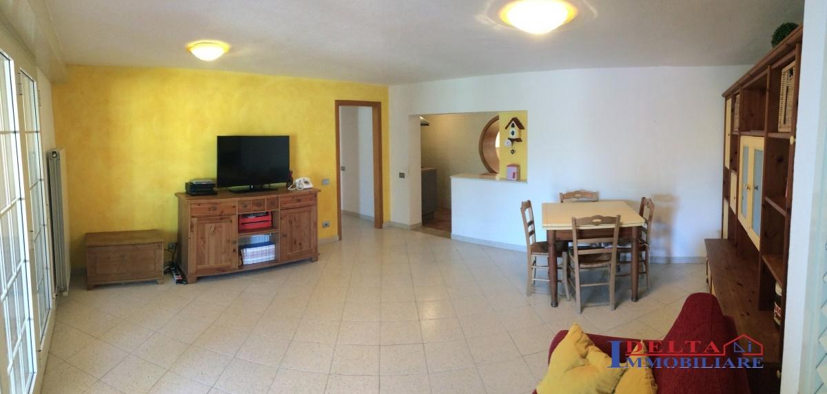 Villa in vendita a Rosignano Marittimo, 10 locali, prezzo € 640.000 | Cambio Casa.it